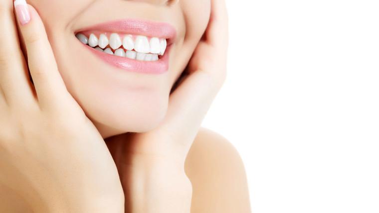 Lo sbiancamento dentale, cos'è e come si pratica